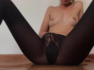 Squirting through my PantyHose