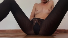 Squirting through my PantyHose