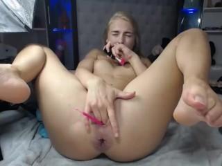 Girls4cock.com *** Dagelijkse training voor pappie