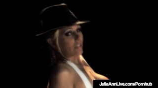 Award Winning MIlf Julia Ann Blows Cig & Cock Center Stage! Play romirain