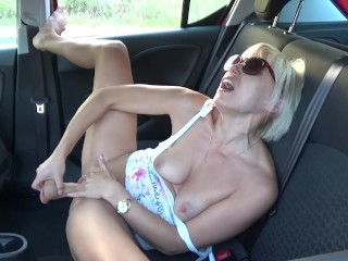 Multiple hot orgasms and pissing in the car