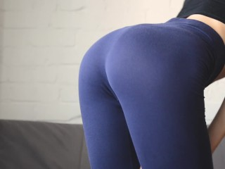 La Luna Masturbation Scene Fitness girl in yoga pants. Doggystyle