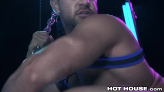 Muscle Hunk Gets Sloppy Blowjob & Gives Back Some Rough Sex Cock sucker