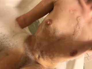 Sexy Teen Bubble Bath - My First Upload !