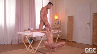Submissive Anal Milf Nikki Gets Spanked, Choked & Fucked Balls Deep porno