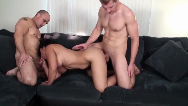 Alexis Rain in threesome combo