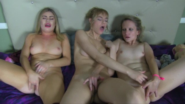 Experimental girls lick each other & orgasm