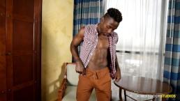 Sexy Amateur Big Dick Muscle Hunk Black Male Masturbating