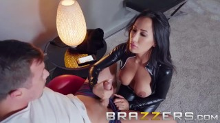 Brazzers - Amia Miley & Jessy Jones - Home invasion goes right Lesbians mom