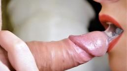 Daję zbliżenie gardło i ogromny wytrysk w usta
