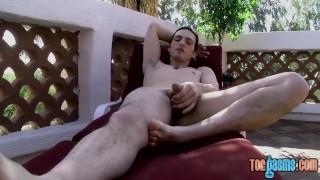 Feet adoring homo masturbates to the sight of his feet