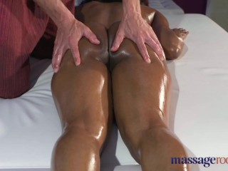 Massage Rooms Squirting orgasm for hot black girl