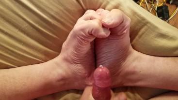 Cumming on feet and massage