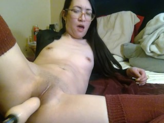 Tiny Asian Tries Fuck Machine First Time - lizlovejoy.manyvids.com