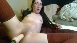 Tiny Asian Tries Fuck Machine First Time - lizlovejoy.manyvids.com
