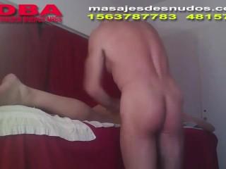 MASAJISTA NUDISTA HACE MASAJES CON TODO EL CUERPO
