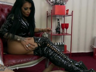 mistress kennya it's all about my boots