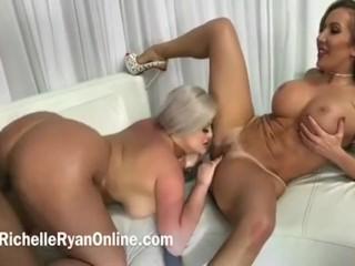 Julie Cash Richelle Ryan Gangbang