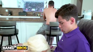 BANGBROS - Provacative MILF Stepmom Alura Jenson Bonks Juan El Caballo Loco Outside slim