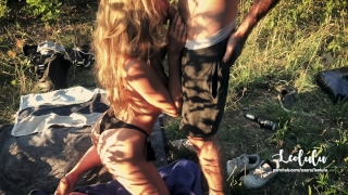Public Sex in a Parc with my best friend! FFM Amateur Couple LeoLulu +Guest Backshots teen