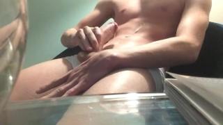 Videon korkea laatu HD ja porno kuva insesti