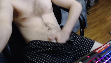 HOT TEEN HAIRY BODY UP CLOSE WITH HUGE UNCUT DICK AND BALLS FLASH AT END