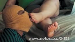 BBW interact Foot worship