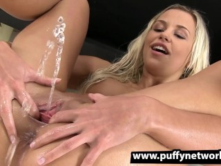 Picture of Piss Drinking - Dido Angel gapes her pussy apart and pees over her own face