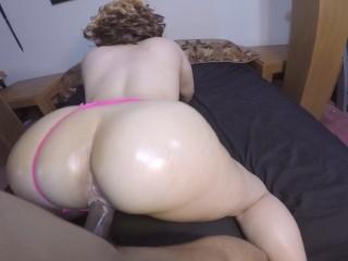 Sexy blonde sucks BBC & gets fucked doggy style w/ great POV