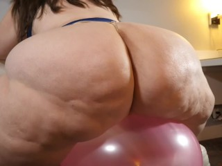 Bbw balloon pop fun