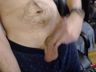 LOW HANGERS BOUNCING BALLS & HUGE UNCUT DICK JERK OFF UP CLOSE. NO CUM SHOT