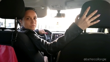 A long and intense car reverse driving from the back seat and the passenger