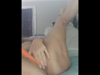 Mature Anal Virgin s First Penetration with a Vegetable