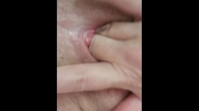 Multiorgasmic Mature Woman Squirting Cum