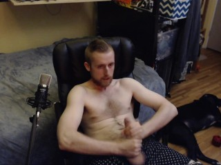 HORNY PORN MODEL WANKS AND BUSTS A NUT IN FRONT OF LIVE WEB CAM AUDIENCE!