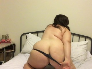 Cute Huge Tit Amateur BBW Shows off Tits and Ass and Cums with Hitachi