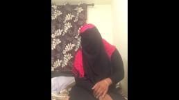 Lonely Niqabi Hijabi woman sucking dildo & shaking ass