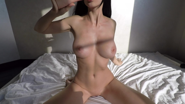 naked sexy young asian girl