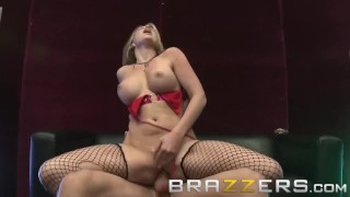 Brazzers - Hustling Whore Courtney Cummz makes money