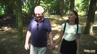 русский подросток романтический секс со стариком похотливым и трахаемым