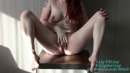Sensual Latex Glove Sole Exploration and Pussy Rubbing