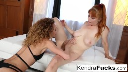 Kendra helps Penny find a loose sponge inside her wet pussy