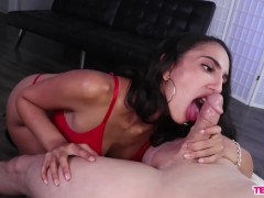 Teen Latina blowjob