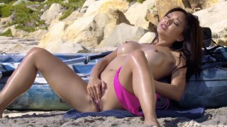 Tight Asian Ayumi Anime Plays with her Pussy on the Beach