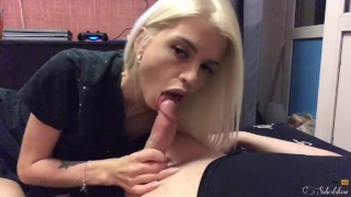 Homemade deepthroat sloppy blowjob from a cute blonde, oral creampie Short mom