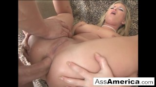 Sasha Knox wants it in the butt