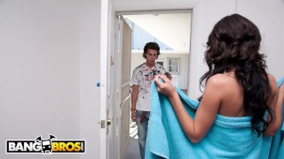 BANGBROS - Lexi Stone Goes They Extra Mile To Please Her Customer