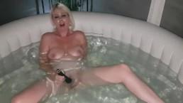 Orgasm in the hot tub