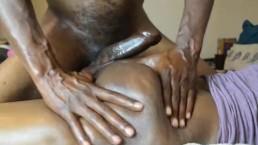 Massage Hottwaty Booty Rub