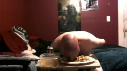 piggy messy feeding 8/24/18